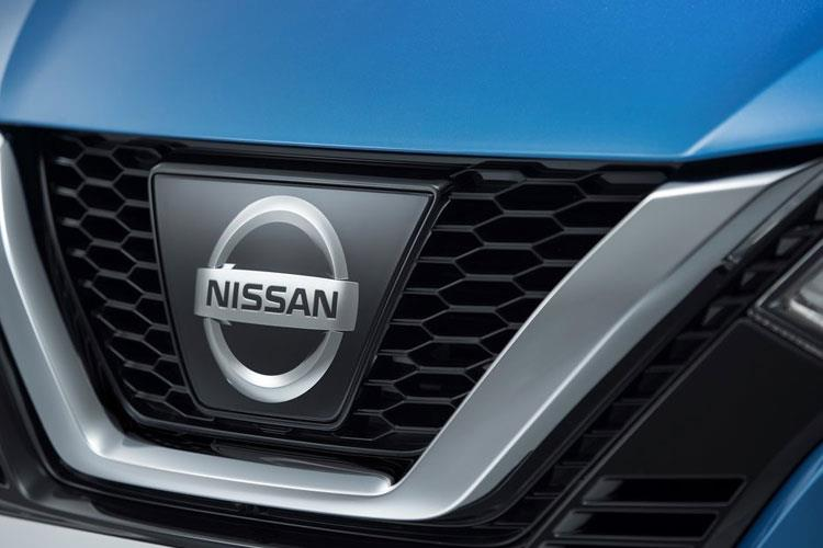 Nissan Qashqai SUV 2wd 1.3 MHEV DIG-T 140PS N-Connecta 5Dr Manual [Start Stop] detail view