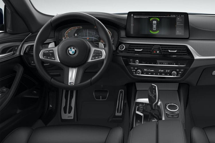 BMW 5 Series 520 Saloon 2.0 i 184PS M Sport 4Dr Auto [Start Stop] inside view